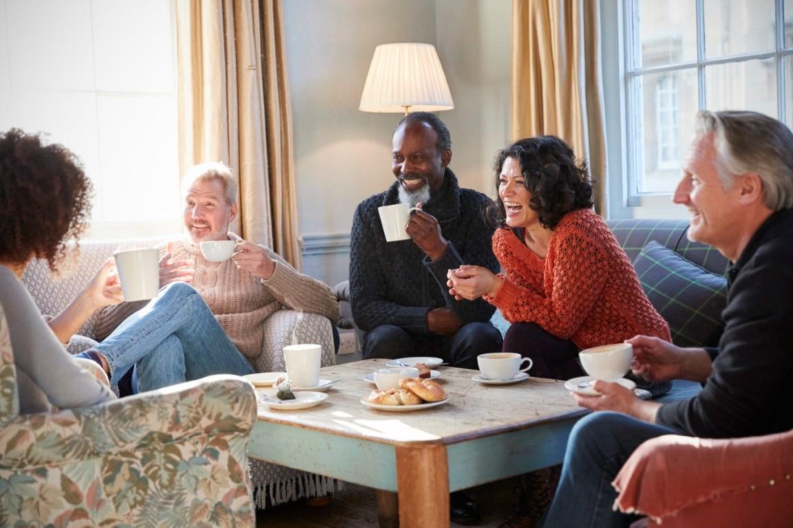 Communicatie is de basisbehoefte voor een gelukkig leven.